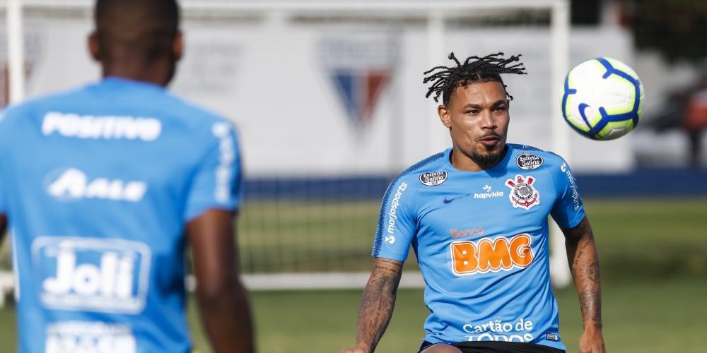 Júnior Urso defende o Timão (Rodrigo Gazzanel/Agência Corinthians)