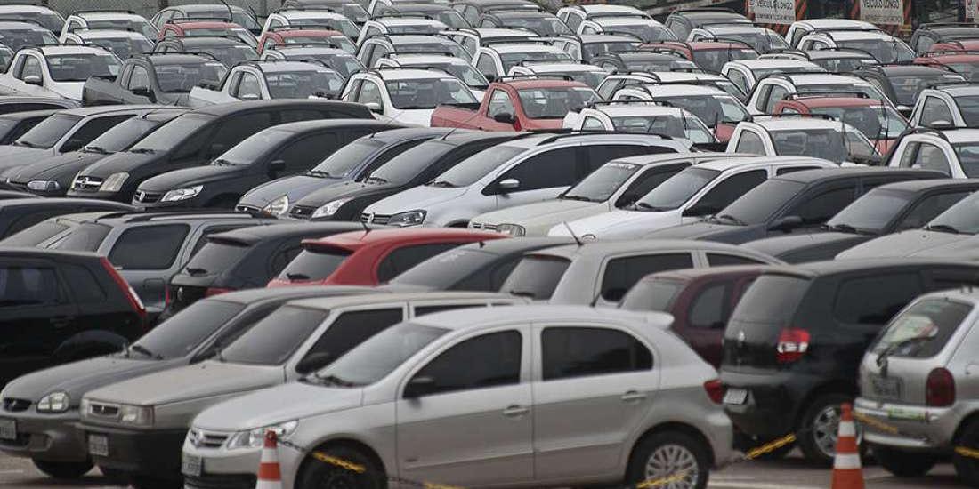 A partir do próximo dia 15, a cobrança para os veículos novos passará a ser de R$ 131,80 (Marcelo Camargo/Agência brasil)