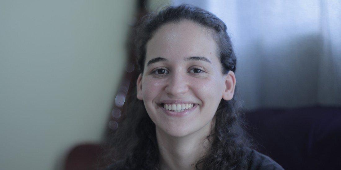 Egressa do Ibilce/Unesp, Letícia Iarossi participou da tradução (Divulgação)