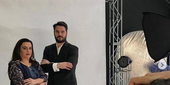 Filipe Marchesoni, candidato a prefeito do Novo, e a vice, Aglâe (Divulgação)
