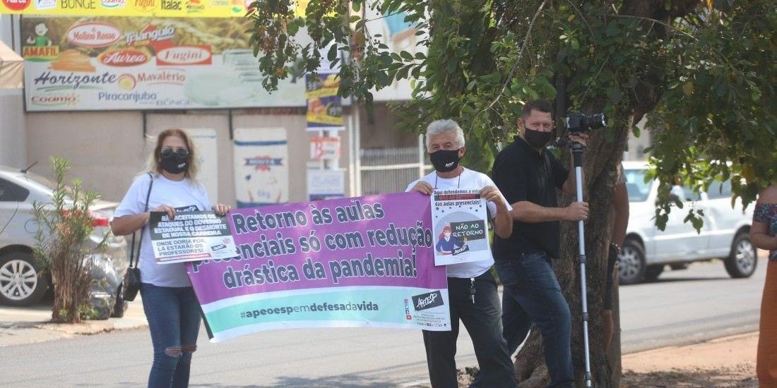 Representantes da Apeoesp fazem protesto contra o governador Joao Doria (PSDB) (Guilherme Baffi 15/9/2020)