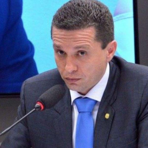 Em bate-boca, deputado da região de Rio Preto manda Zambelli 'tomar rivotril'