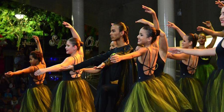 Integrantes do Ballet Municipal de Votuporanga, ligado à Secretaria de Esportes e Lazer (Divulgação)