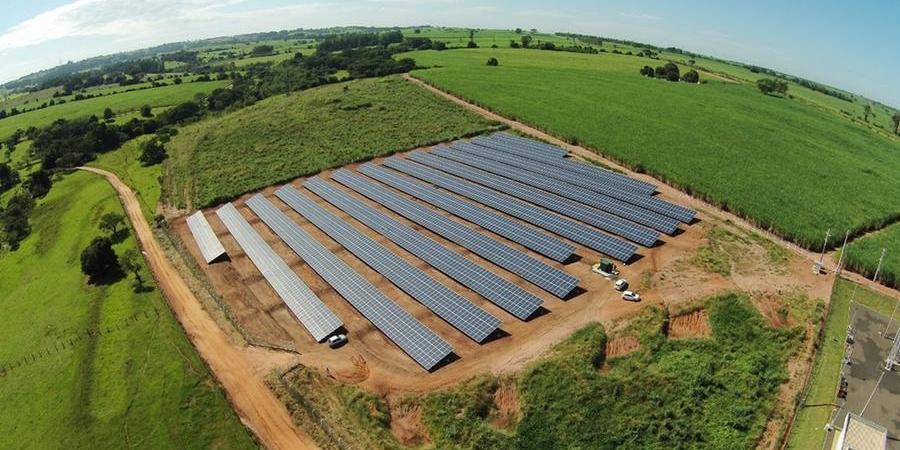 Usina de geração de energia solar instalada na região de Rio Preto (Divulgação)