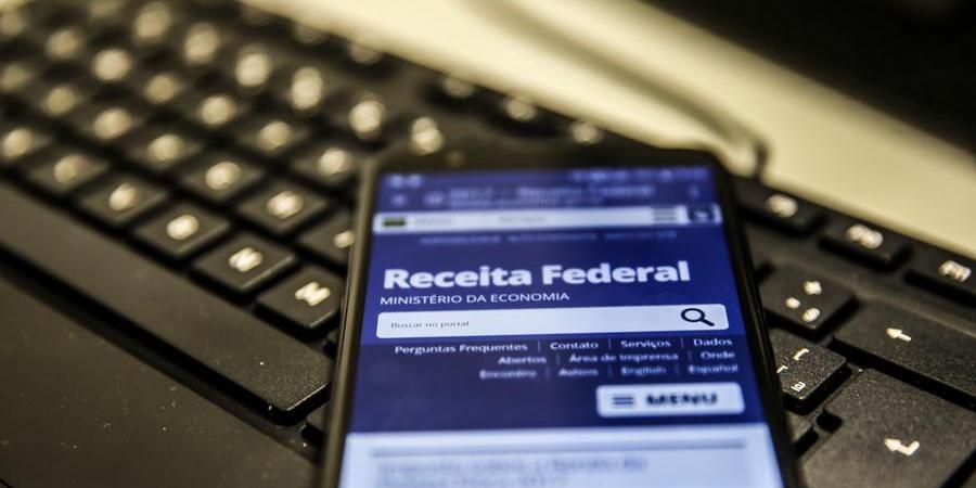 Calendário de pagamento foi mantido: são cinco lotes, pagos entre maio e setembro (Marcello Casal Jr/ Agência Brasil)