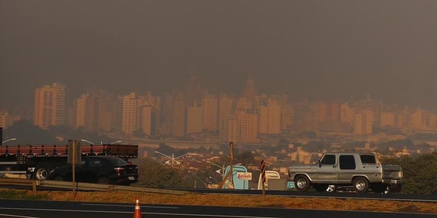 Fumada encobre Rio Preto (Guilherme Baffi)