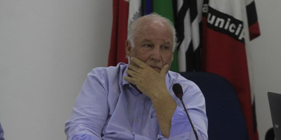Jair Moretti, secretário de Governo, reclamou que Hernandes terá de ir duas vezes seguidas ao Legislativo (Arquivo/Diário da Região)