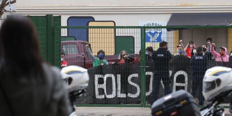 Barrado em evento no Instituto Federal, grupo protesta contra Bolsonaro e a visita do ministro da Educação em Rio Preto (Johnny Torres 28/8/21)