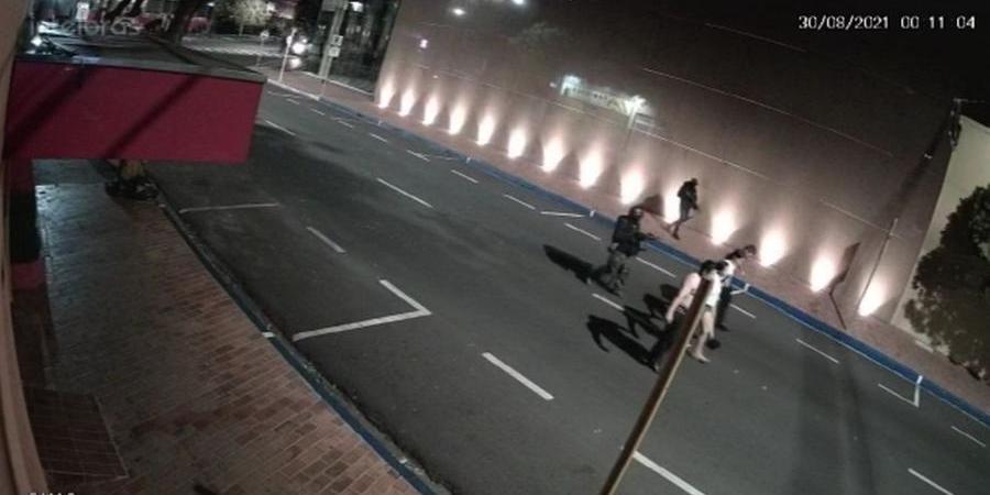 Grupo é ameaçado pela quadrilha nas ruas de Araçatuba (Reprodução)