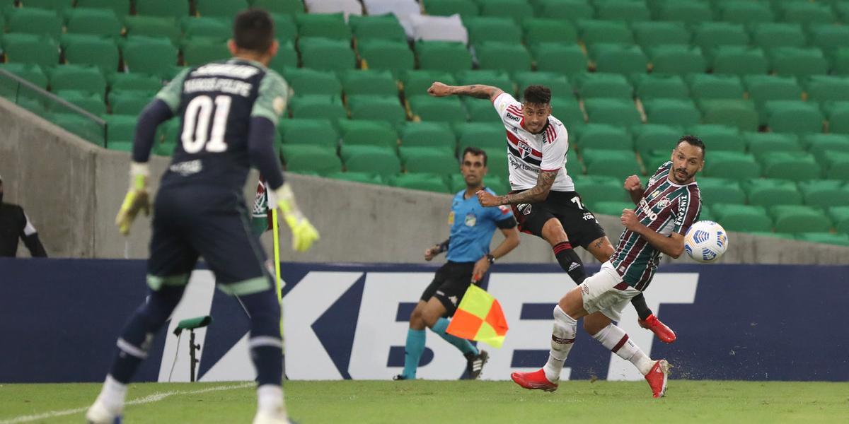 Lance da partida entre São Paulo e Fluminense no Maracanã (Rubens Chiri/saopaulofc.net)