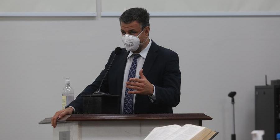 Vereador João Paulo (Psol) em discurso na tribuna da Câmara (Guilherme Baffi 9/9/2021)