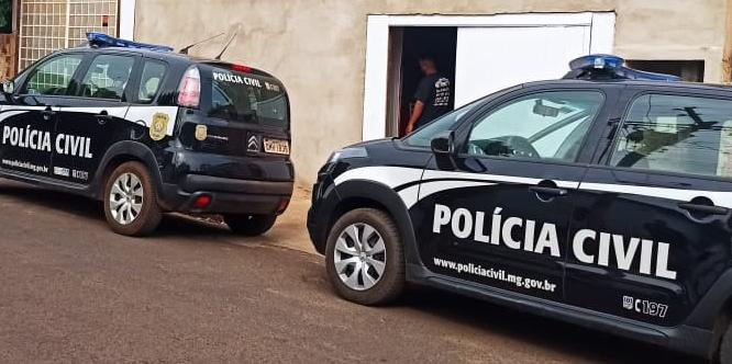 Policiais de Riolândia e Fronteira em cumprimento de mandado de prisão contra pastor (Reprodução/Polícia Civil Minas Gerais)