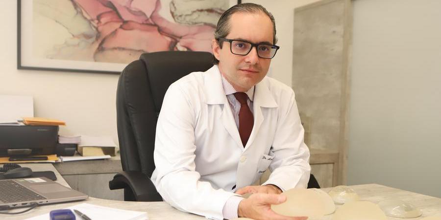 André Reda, cirurgião plástico (Arquivo Pessoal)