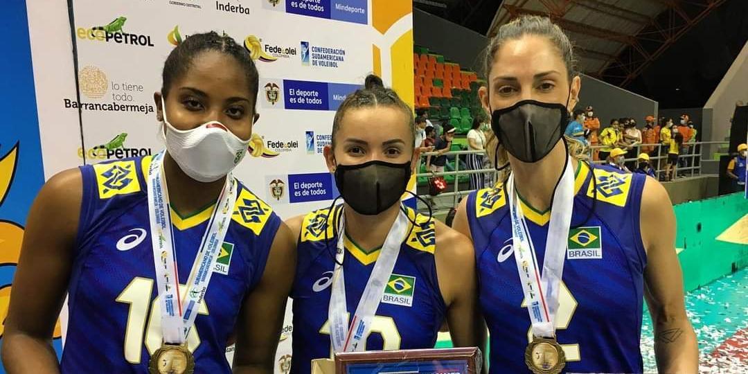 Com rio-pretense Carol Gattaz, vôlei feminino é campeão sul-americano pela 22ª vez (Divulgação/CBV)