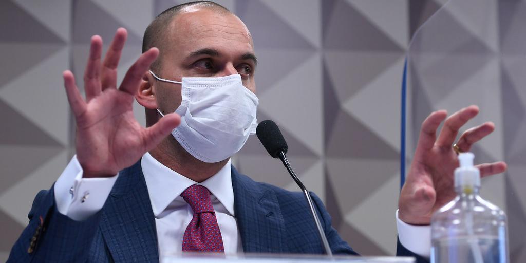 Pedro Benedito Batista Júnior, diretor da Prevent Senior, nega pressão para médicos prescreverem 'tratamento precoce'. (Edilson Rodrigues/Agência Senado)