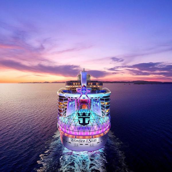 Maior navio do mundo fará sua viagem de estreia em 2022