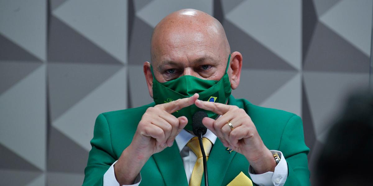 Luciano Hang, dono da Havan, durante depoimento na CPI da Pandemia, no Senado (Leopoldo Silva/Agência Senado)