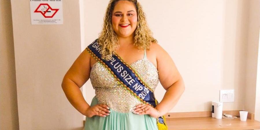 Jeniffer Fracalossi venceu o concurso 'Garota Plus Size Noroeste Paulista 2021' (Divulgação)