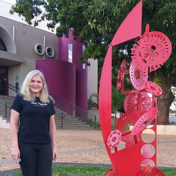 Catanduva ganha escultura pública