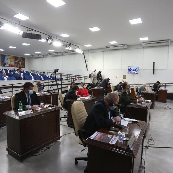 Câmara vota renovação da concessão do transporte